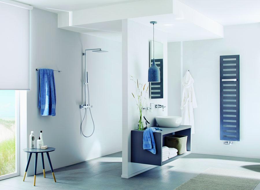 modern fürdőszoba zuhanyzóval